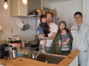 こにしのニコニコリフォーム 明石市で地域密着型の便利な内装屋 内装施工実績多数 ニコニコ笑顔が溢れる愛着のある「自分色の家」を一緒に造りましょう。 明石市